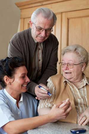 Senioren-WG mit Pflegerin